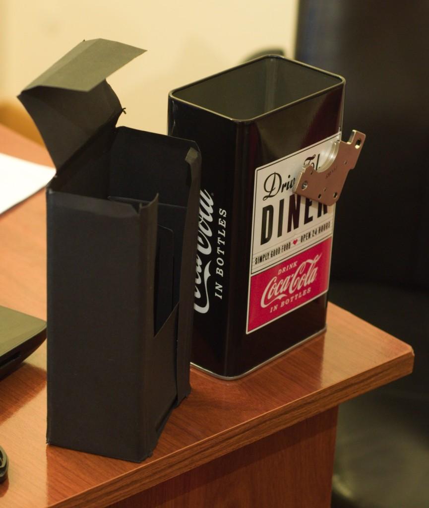 Pinhole Camera and inner box